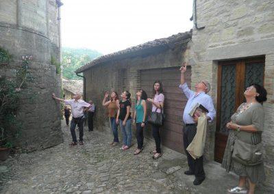 Visita guidata tra Abbazie e Castelli: Chiaravalle, Scipione e Vigoleno.