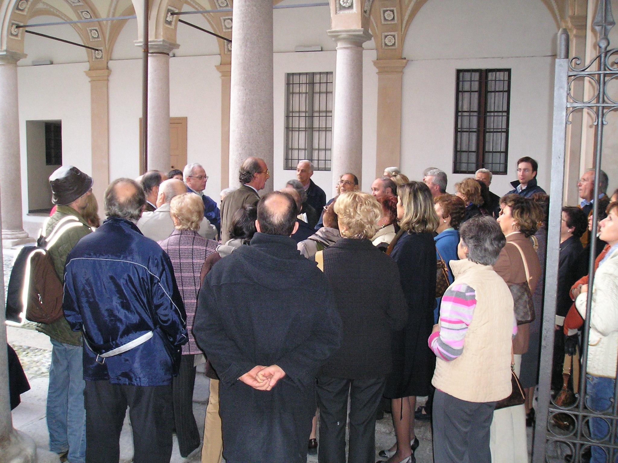 palazzo-anguissola-1